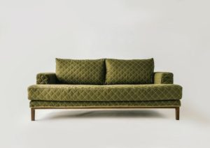 journal standard Furnitureのキルトブランケットソファ 「JFK SOFA」が素敵